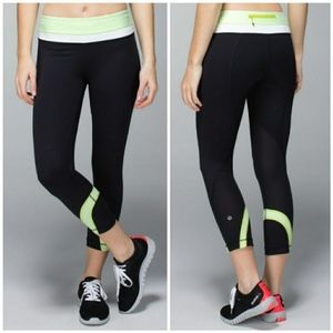 Lululemon Run: Inspire Crop II, size 10 black/mint